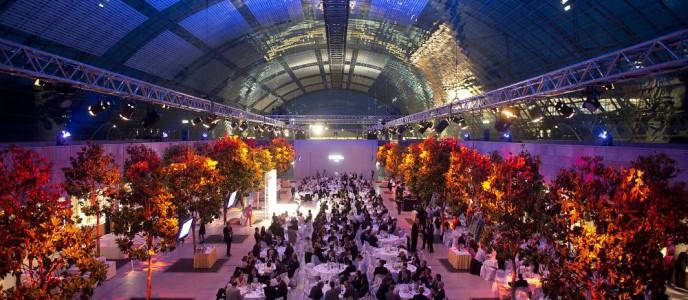 Glashalle des Leipziger Messegeländes: Nutzung für eine Abendveranstaltung