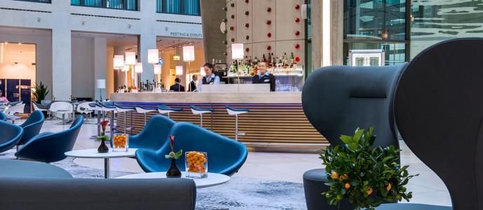 Hotel Bar & Lobby