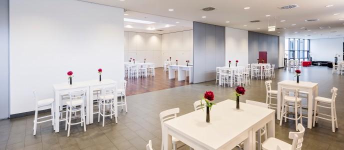 Konferenzzentrum - Maximale Flexibilität dank mobiler und schalldichter Wände
